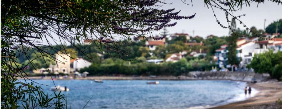 familjesemester grekland hyr strandhuset chrani