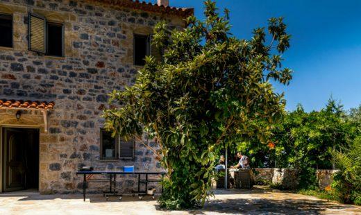 familjesemester off season Stoupa Peloponnesos Grekland pool