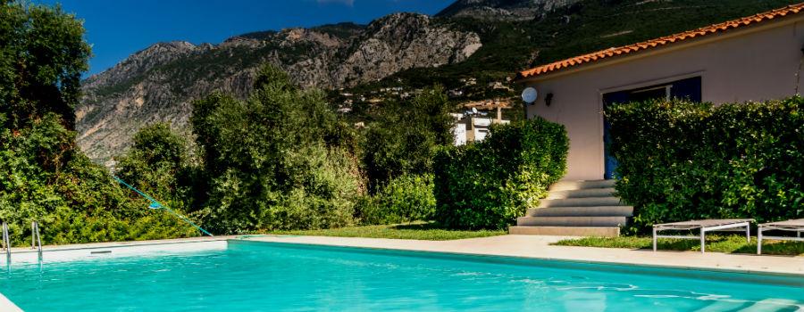 familjesemester-grekland-bekvam-villa-pool